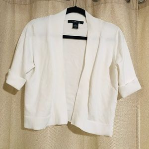 89th & Madison White Cardigan Size M